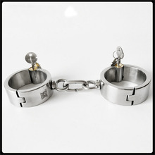 купить stealth round lock stainless steel handcuffs metal bondage wrist restraints bdsm fetish slave hand cuffs for sex adult toys по цене 4675.16 рублей