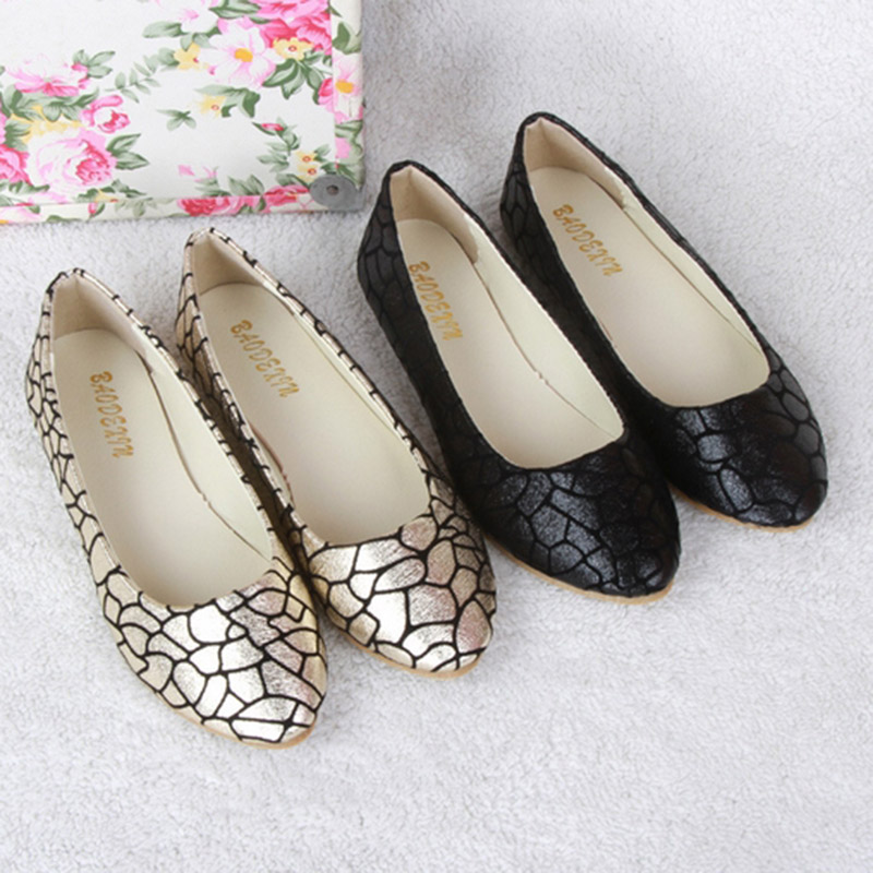 2017 Summer Hot Sale Pregnant Women Flats Loafers Shoes Leather Slip-on Shallow Mouth Pointed Casual Single Shoes EU Size 35-40 2017 summer new fashion sexy lace ladies flats shoes womens pointed toe shallow flats shoes black slip on casual loafers t033109