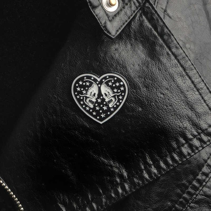 ハロウィンギフト新スケルトンハートスカルピン黒スケルトン魂の伴侶ブローチカップルの女性の男性金属バッジパンクジュエリー