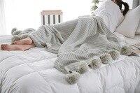 Toptan Moda Örme Battaniye 150*200 cm Kürk Topu Örme Battaniye Yetişkin Pamuk Kanepe Yatak Dekoratif Pamuk Atmak Battaniye hediye