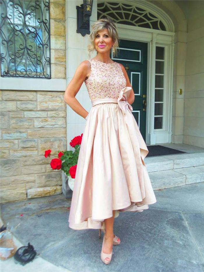 Pas cher haute basse mère de la mariée robes 2019 Sexy perles arc grande taille formelle robes de soirée avec arc mariée mère robe