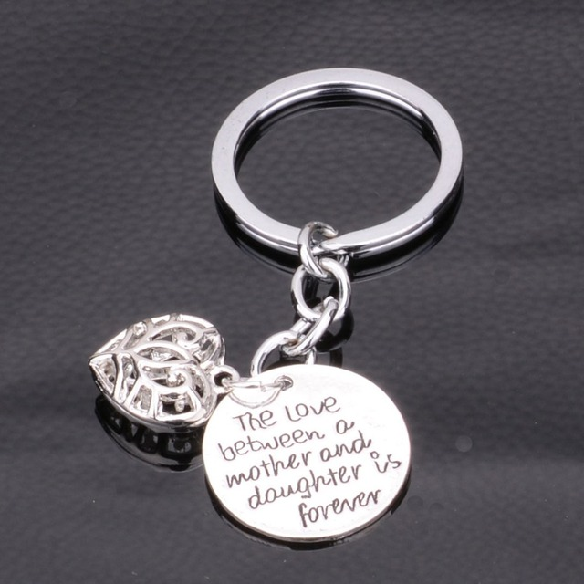Bespmosp Family Love Between Mother Daughter Hollow Heart Pendant Keyrings Mom Mommy Mama Girls KeyChains Women Jewelry Gifts