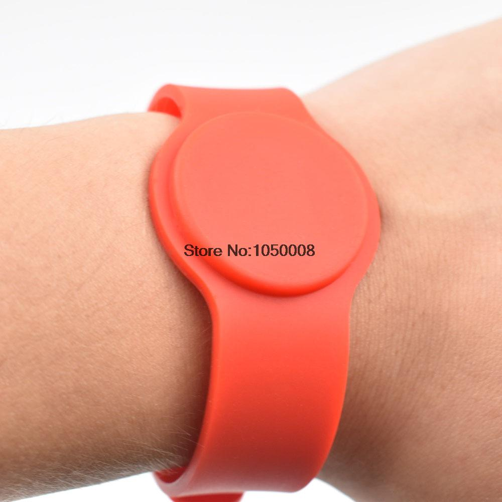 50pcs  13.56Mhz RFID Bracelet Wristband MF1KS50 Proximity Waterproof Silicone NFC Smart Watch Type for Access Control 100pcs lot 13 56mhz rfid silicone wristband bracelet nfc ntag213 ntag216 smart proximity card waterproof for access control