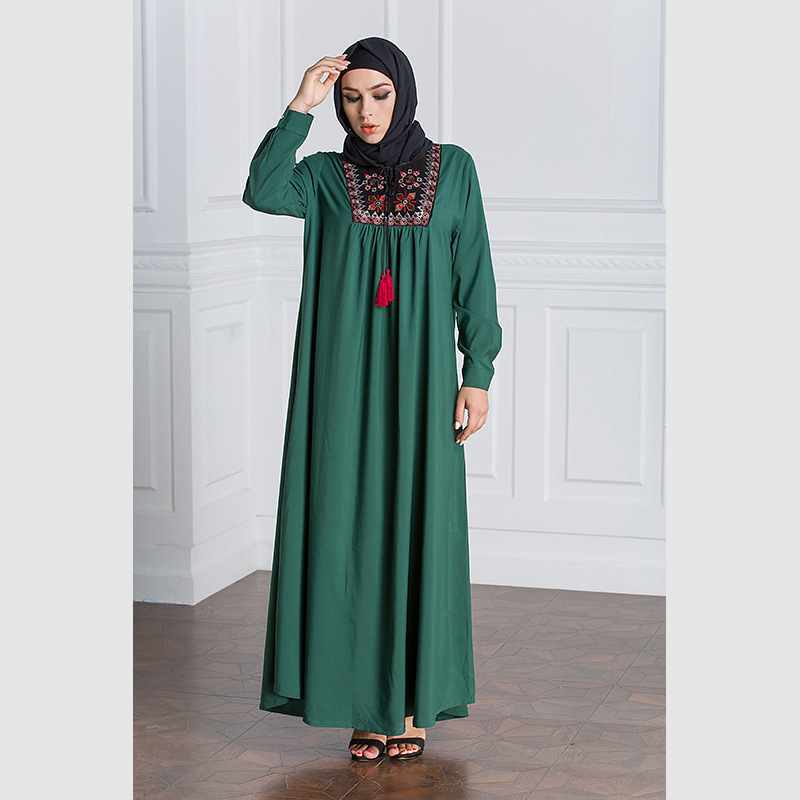 47c3597b235 Muslim Rob Women Long Sleeve Embroidery Patchwork Green Maxi Dress 2017  Autumn New Plus Size Ethnic Dresses High Quality LEORAIN-in Dresses from  Women s ...
