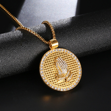 316L Stainless Steel HIP Hop Praying Hands Men Necklaces Bling Iced Out Crystal Gold Color Big Round Pendants Mens Rock Jewelry
