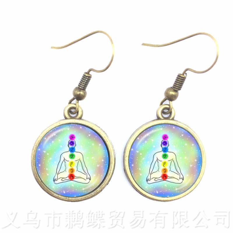 フラワー · オブ · ライフチベット Om 曼荼羅イヤリンググレー Om ジュエリーヴィンテージ仏教瞑想ジュエリーガラスドームペンダントギフト