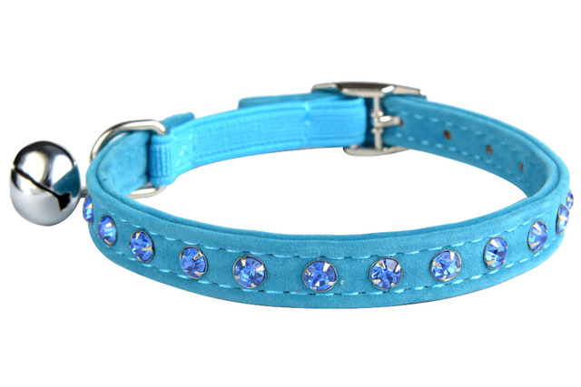 Pet Supplies Rhinestone Soft Suede Cat Leather Collar Velvet Crystal  Elastic Free Buckle with Bell Leash Set For Dog Harness