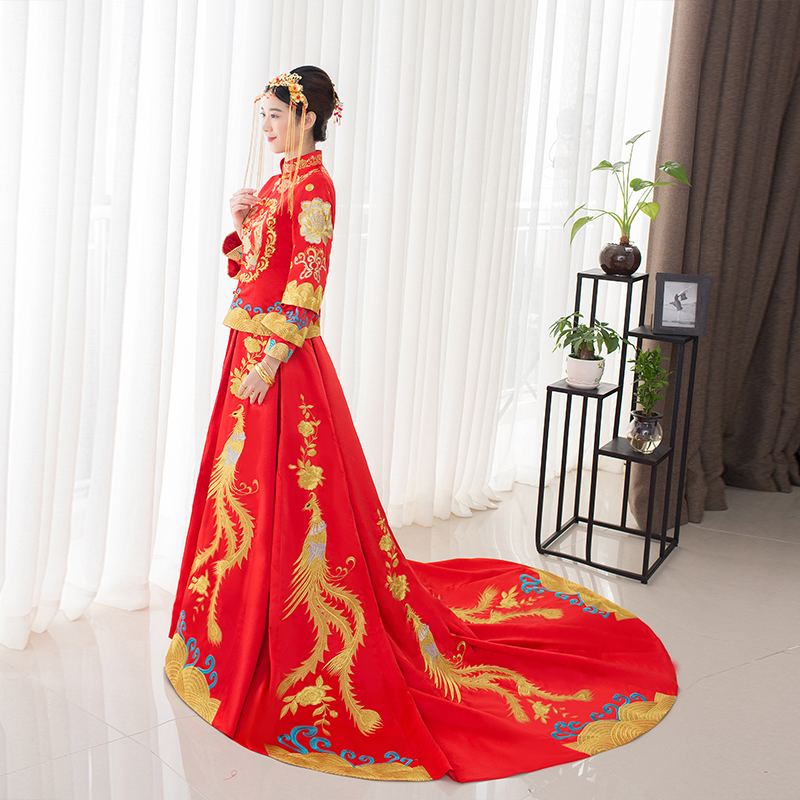 Style chinois spectacle Costume 2018 dragon robe de soirée robe mariée mariée cheongsam robe train Su broderie chine Couple mariage
