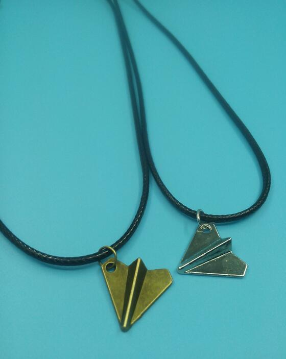One Direction Paper Airplane Pendant Necklace Vintage Ancient Bronze Silver Choker Charms Hippy Necklace Fashion Jewelry Gift