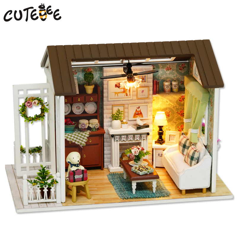 CUTEBEE Doll House Miniature DIY Dollhouse med möbler Wooden House Leksaker för barn Present Happy Times Z008