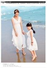 2016 Лето Мать дочь платья шифон beach мать и дочь одежда длинные принцесса семьи сопоставления одежда пляж платье