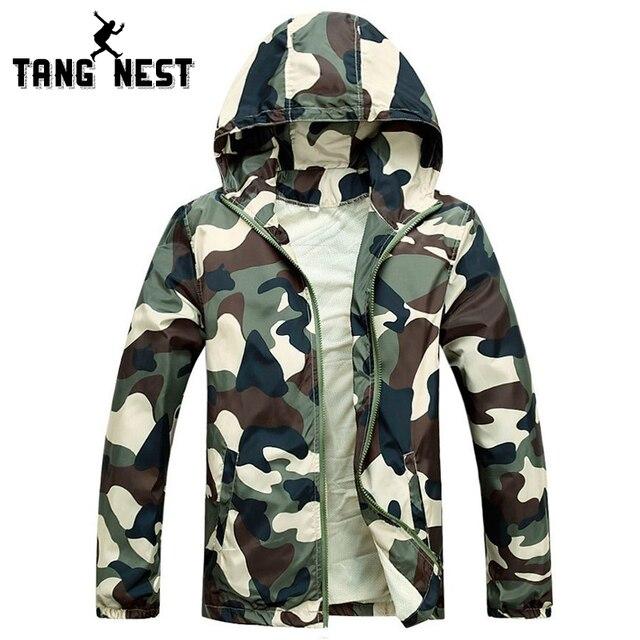 TANGNEST/Лидер продаж 2018 г. Новые мужские модные камуфляжная куртка летом прилив мужской с капюшоном тонкий солнцезащитный крем пальто оптовая продажа MWW170