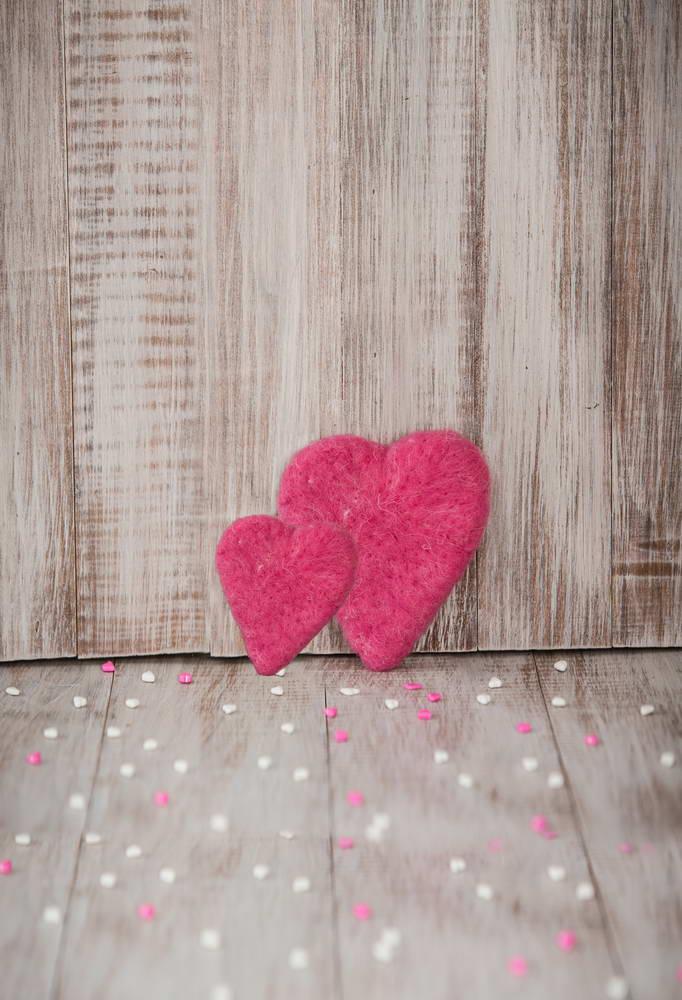 5x7FT Vintage Wooden Panel Planks Pink Love Heart Petals