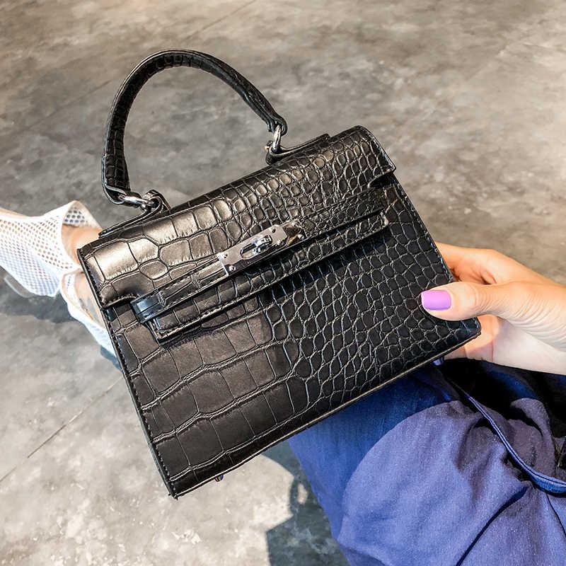 9b970c8b0061 ... Корейский Стиль Для женщин простой крокодиловой кожи Сумки высокое  качество женские кожаные плеча Crossbody сумки известный ...