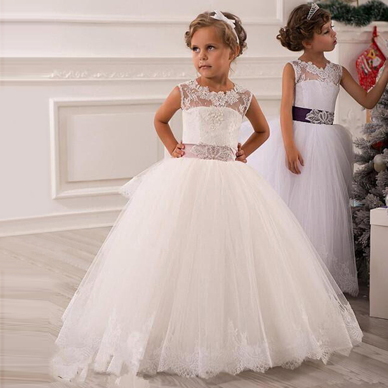 Hot 2015 Lovely   Flower     girl     Dresses   White Lace Scoop Floor Length Pageant Gowns with Sashes vestido de daminha