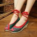 Bombas de sapatos velhos Pequim pano bordado nacional do Bordado do vintage rendas até sapatos da moda das mulheres