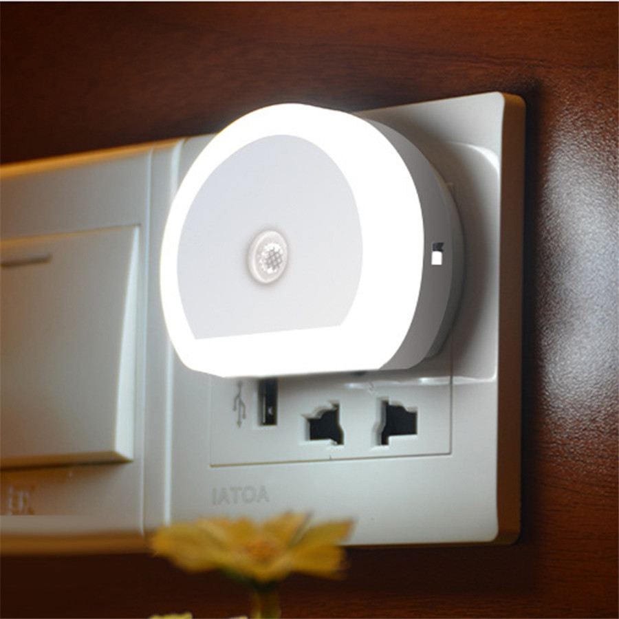 Thrisdar Light Sensor LED Night Light With Dual USB Port 5V 1A Control Room Home USB Plug-in Wall Charger Lamp Plug Socket Light