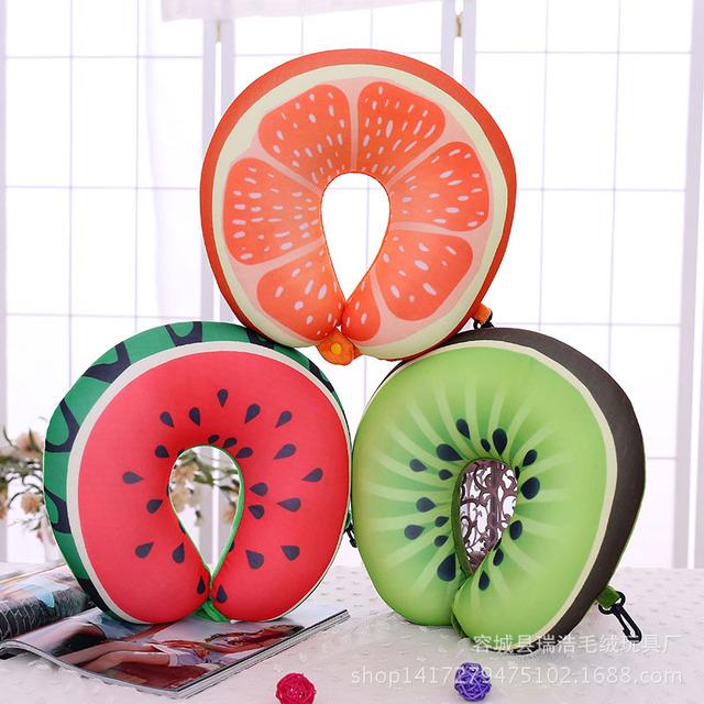 2016 Venda Quente Solf 3D Fruit Pescoço Travesseiro Brinquedos de Pelúcia 30 cm proteger O Pescoço Aliviar A Fadiga Magia Travesseiro Sono Brinquedo de Pelúcia Melhor presente