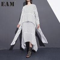 EAM 2018 New Spring Round Neck Long Sleeve Black White Bandage Striped Split Joint Loose