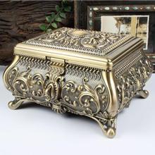 Tamanho XL Cor Bronze Bijuterias Box Zinc alloy Caixa de Metal Bugiganga Projeto Da Flor Do Vintage Esculpido Presente De Armazenamento De Jóias caixa