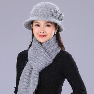 Image 4 - BING YUAN HAO XUAN Ontwerp Dubbele Laag Winter Hoeden voor Vrouwen Konijnenbont Hoed Warme Gebreide Muts en Sjaal Grote bloem Cap