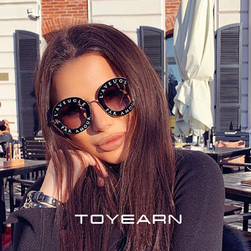 TOYEARN  2019 New Sunglasses  English Letters Small  Bees Round Sunglasses Women Brand Glasses Designer Fashion Glasses UV400