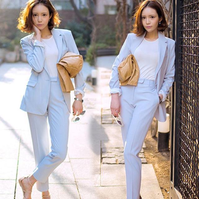 Primavera Newon Soild Cor da Moda Terno do Lazer das Mulheres Terno Casaco E Calças Harlan Luz Azul Twinset