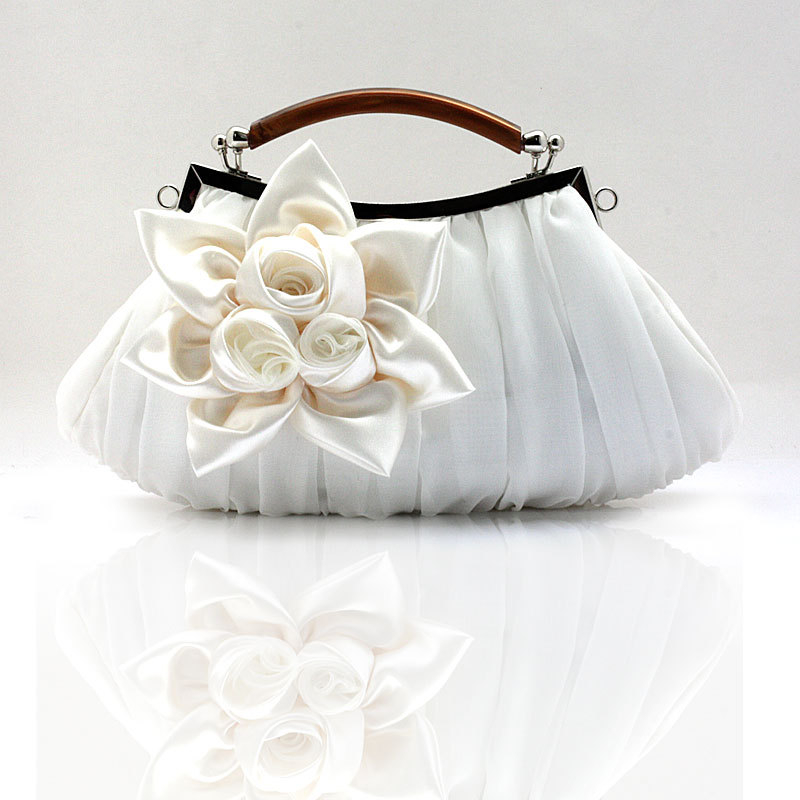 2017 New Women Evening Bag Flower Clutch Bride Purse Party High Quality Handbag Wedding Lady Dress Accessories In Bags From Luggage
