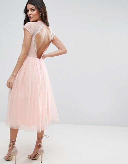 Lace and Tulle Dresses