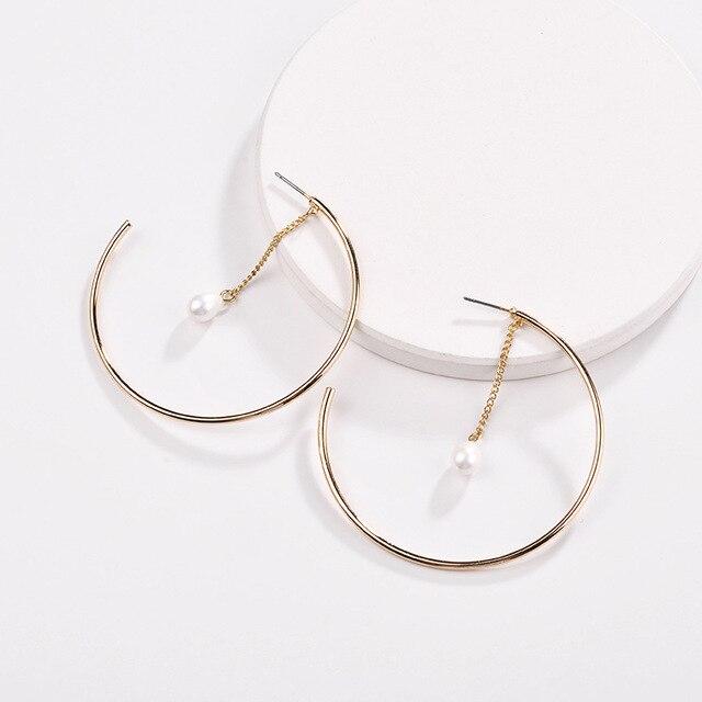 75adc5109c20 Moda mujer joyería diseño moderno perla gotas cobre círculo aro pendientes  para las mujeres
