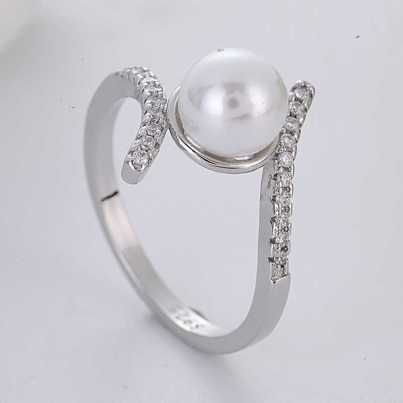 Elegant White Pearl Rings for Women Silver Color Twist Crystal Ring Luxury Jewelry Wedding Engagement Ring Accessories L3D108