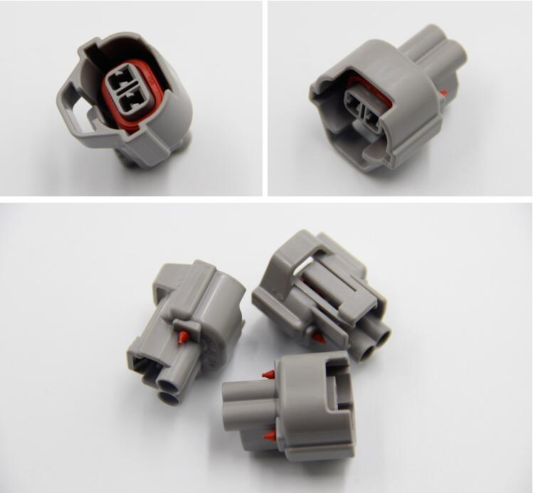 100pcs lot 2 Pin Way Fuel Injector Bottom Slot Female Connector Plug NEW EFI For Subaru