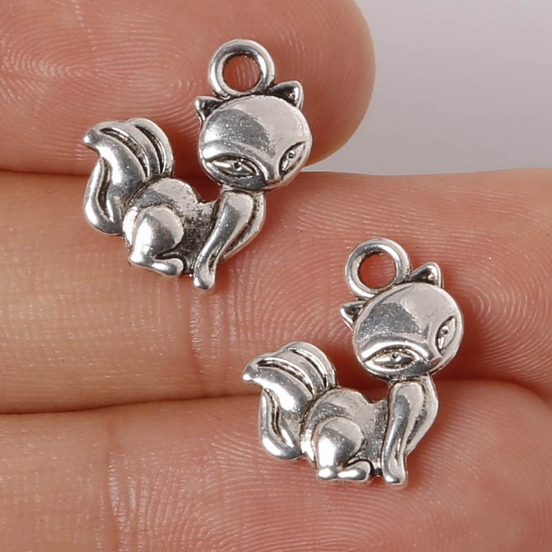 16pcs Antique Silver Alloy Warhead Bullet Pendants Charms Crafts Finding
