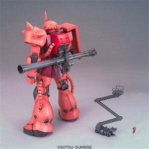 Image 4 - Bandai Gundam MG 1/100 MS 06S Zaku II 2.0 costume Mobile assembler des maquettes figurines figurines en plastique modèles jouets