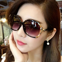 New fashion Camellia Sunglasses Hollowing out Spot paint Rose Big box LadiesSunglasses