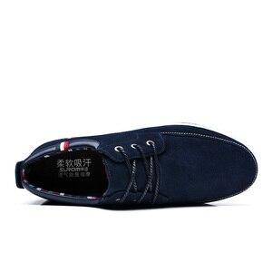 fbd59a887 ... SUROM الرجال جلد حذاء كاجوال الأخفاف حذاء رجالي العلامة التجارية  الفاخرة الربيع جديد أزياء رياضية الذكور