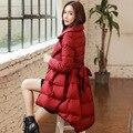 Abajo chaqueta larga de las muchachas de la falda 2016 nueva cintura delgada de Corea del collar del juego de invierno poner fina capa