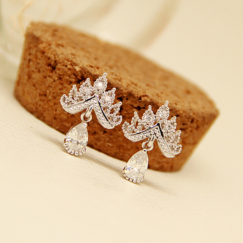 Best buy ) }}2018 New Arrival Shinning Crystal Women Earrings CZ Crystal Fashion Crown 925 Sterling