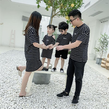 2019 Family Matching Clothes Striped Print Father Boys T-shirts Mother Girls Dresses Gift Black Summer Casual Tops Plus Size 3XL