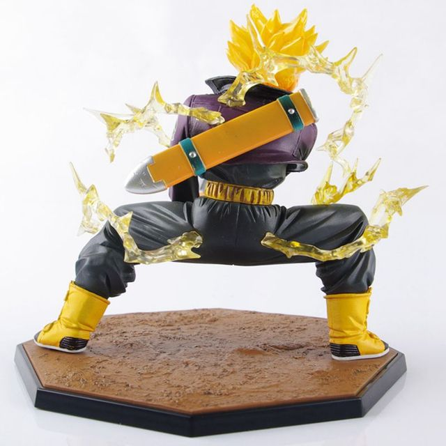 Dragon Ball Z Super Saiyan Trunks Figura de Acción