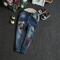 Fast Высокое Качество Детская Одежда 2016 Корейский Симпатичные Повседневная Вышивка Принцесса Характер Джинсы Брюки Ребенка Девушка Одежда Брюки