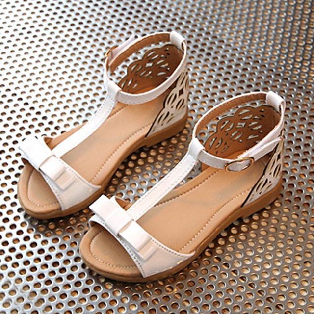 Manera ahueca hacia fuera los niños sandalias de verano 2017 niños niñas playa sandalia corea t-strap shoes gladiador niño playa niños calzado