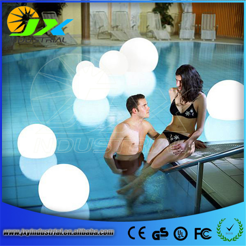 Rechargeable LED ball D15cm Water floating Swimming pool led ball for Christmas Decoration Free Shipping environmentally friendly pvc inflatable shell water floating row of a variety of swimming pearl shell swimming ring