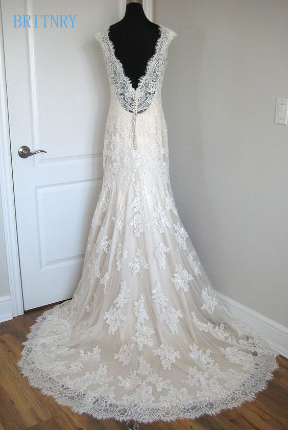 BRITNRY New Arrival Champagne Mermaid Wedding Dresses Lace V Neck Vintage Plus Size Wedding Dress