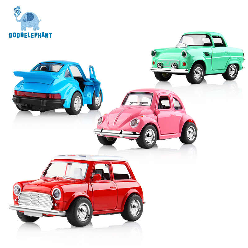 Alloy Car Toy Vehicles Acousto-optic Toy Mini Pull Back Car Metal Diecast Vehicle door open classic cars For Boys W light sound