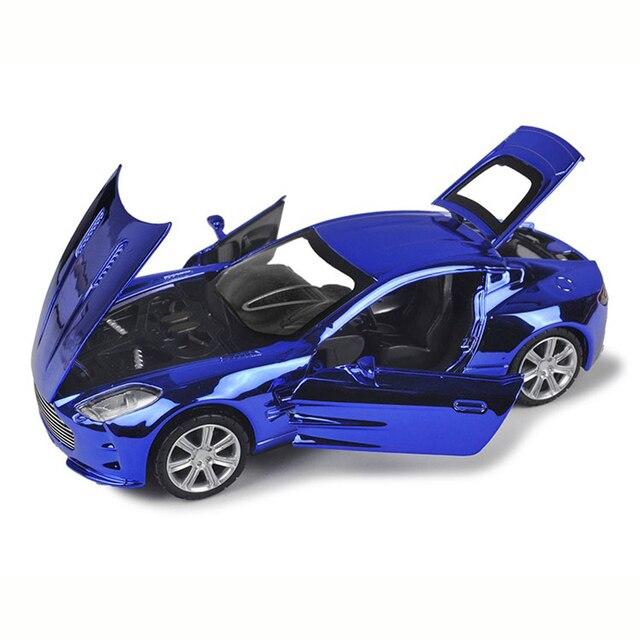 Aston Martin Сплава Литья Под Давлением Модели Автомобиля 1/32 Fast & Furious Chrome отделка Супер Холодный Свет и Звук Модель Автомобиля Дети Подарков Горячая игрушка