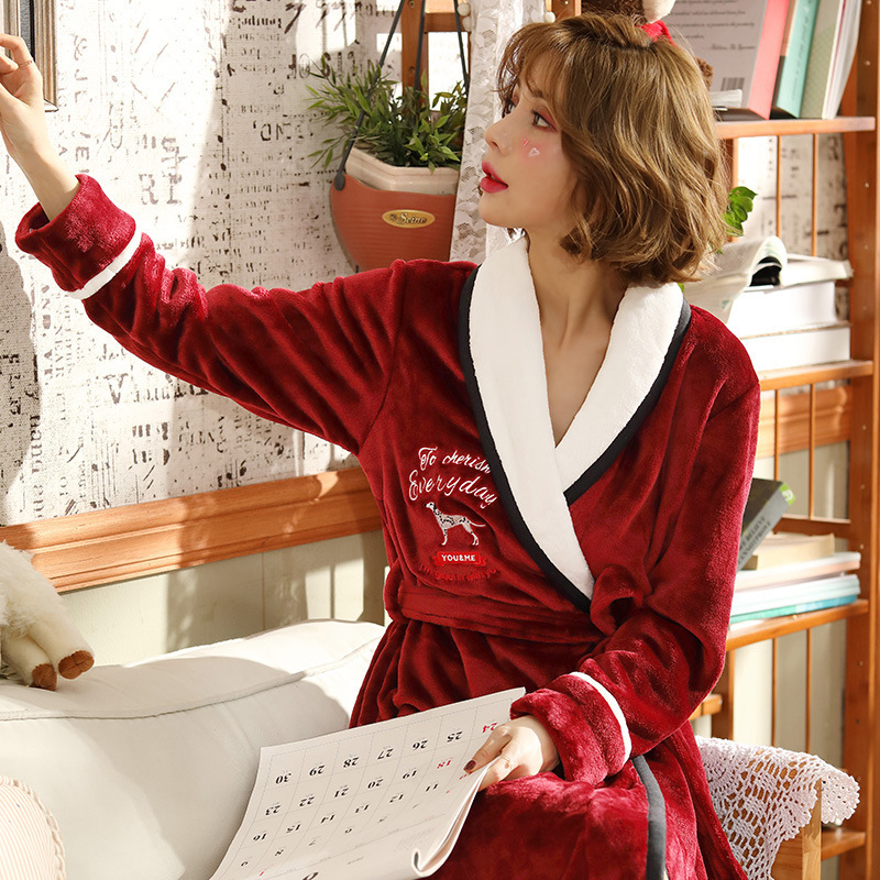 China Direct Wholesale Autumn Winter Women's Warm Home Bath Robes Red White with Embroidery Dressing Gown Long Warm Bathrobe