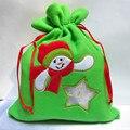 12 pçs/lote 17x24 cm sacos de embalagem de presente de Natal do boneco de neve de feltro bolsa com cordão