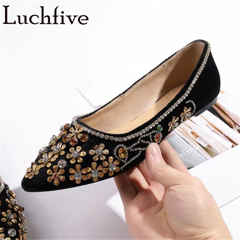 Rhinestone flat Heels velvet Shoes Women Pointed toe Crystal flowers studded Wedding Shoes 2018 spring summer classic loafers