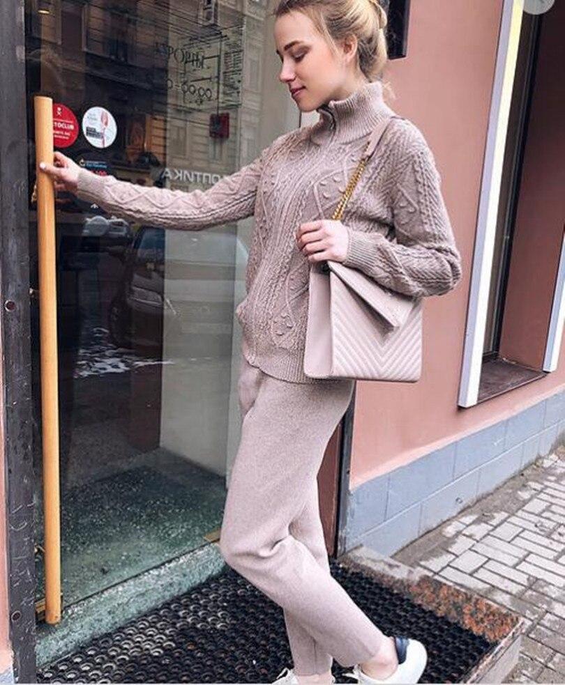 2019 Cashmere Knitting Women Tracksuits Fashion Hemp Flowers Cotton Women 2 Piece Suit Set Winter Coat Pant Wool Set